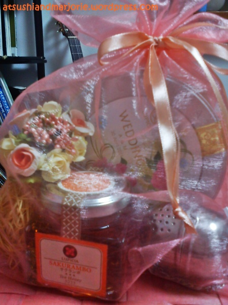 Wedding Favor Ideas For Principal Sponsors : They have this pretty set that s perfect for giveaways. The flower ...